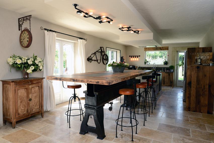 table à manger cuisine bois industrielle