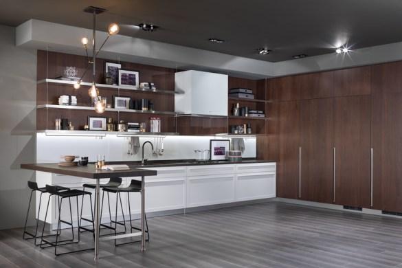 la cuisine joue cache cache cuisines et bains. Black Bedroom Furniture Sets. Home Design Ideas
