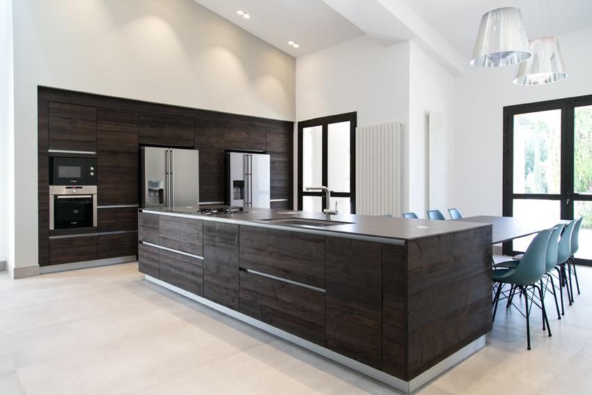 cuisine bois foncé moderne