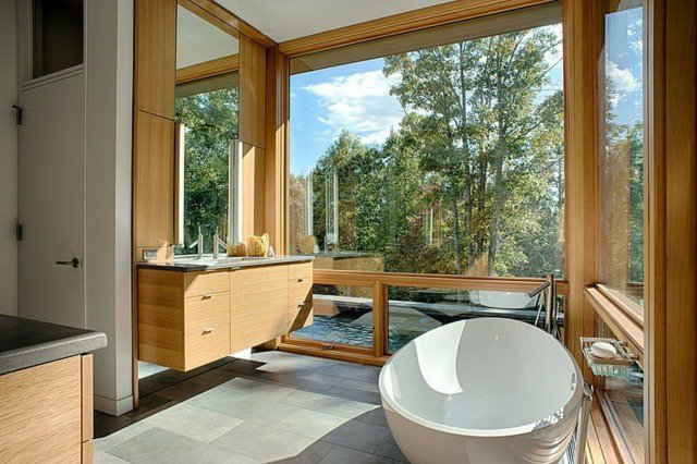 7 salles de bains pour vous faire voyager !