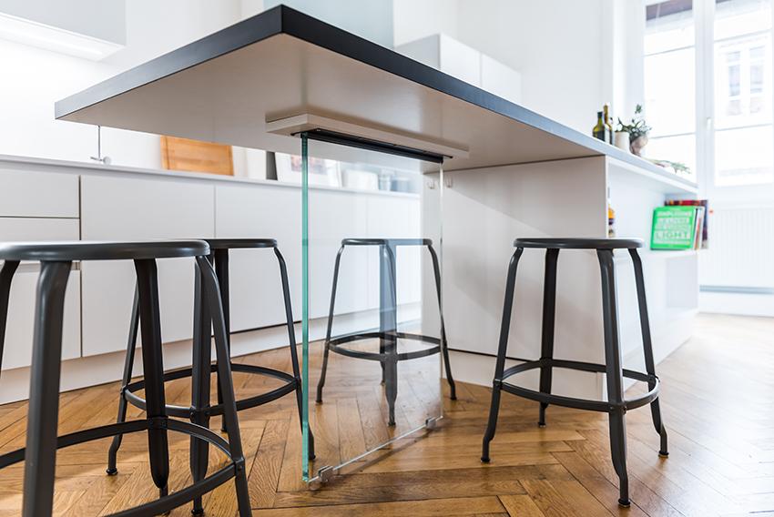 socle cuisine finest beton cire pour salle de bain socle galets et receveur antidrapant dans. Black Bedroom Furniture Sets. Home Design Ideas