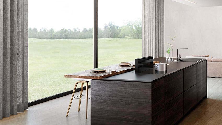 hotte entre luxe calme et volupt cuisines et bains. Black Bedroom Furniture Sets. Home Design Ideas