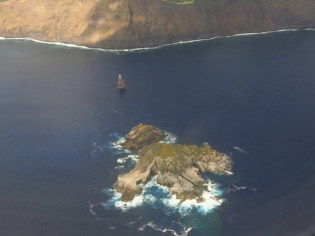 Easter Island-motu off the coast