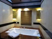 Bagan, Myanmar–Aureum Palace, Villa Bathroom