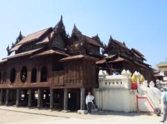 Myanmar–Nga Phe Chaung Monastery2
