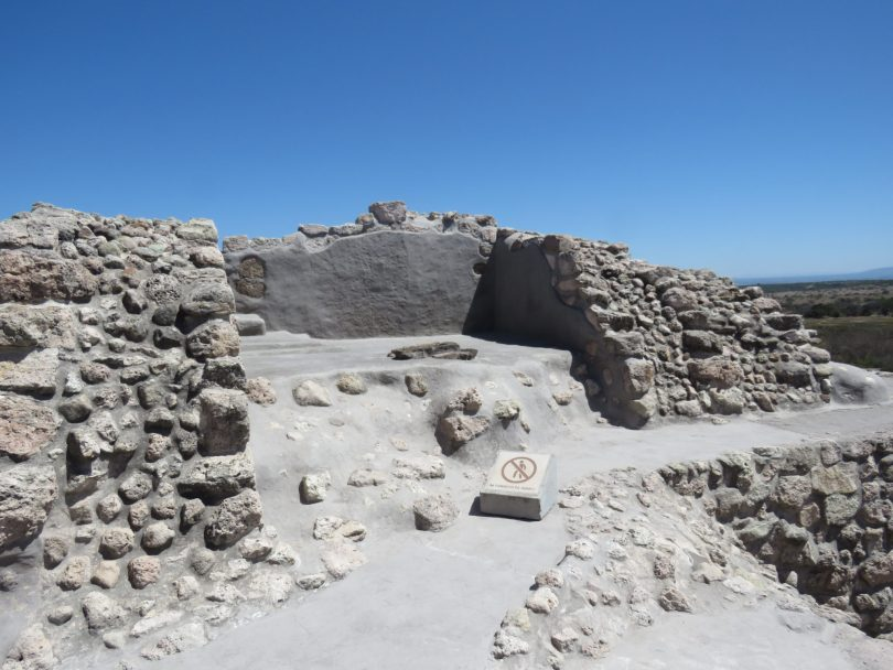 Small pyramid on top of main pyramid–Cañada de la Virgen, San Miguel de Allende