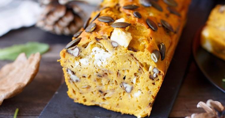 Cake au potimarron, feta et noix de pecan