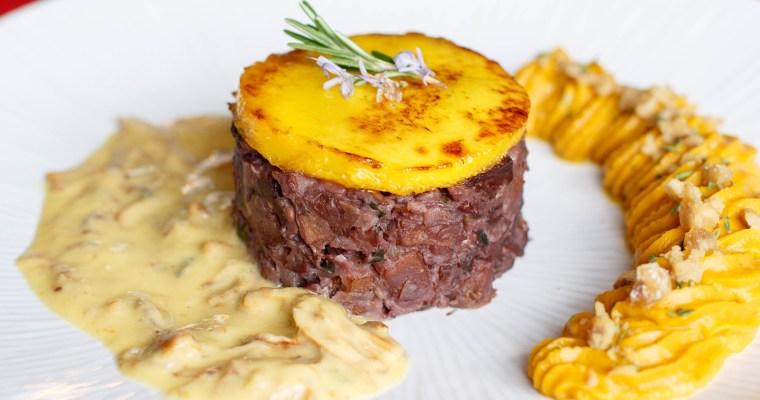 Tournedos rossini vegan, au seitan, à la mangue et aux deux vins