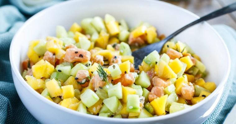 Tartare de saumon, mangue et concombre
