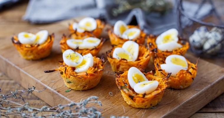 Nids de patate douce et de carotte, aux oeufs de caille mollets