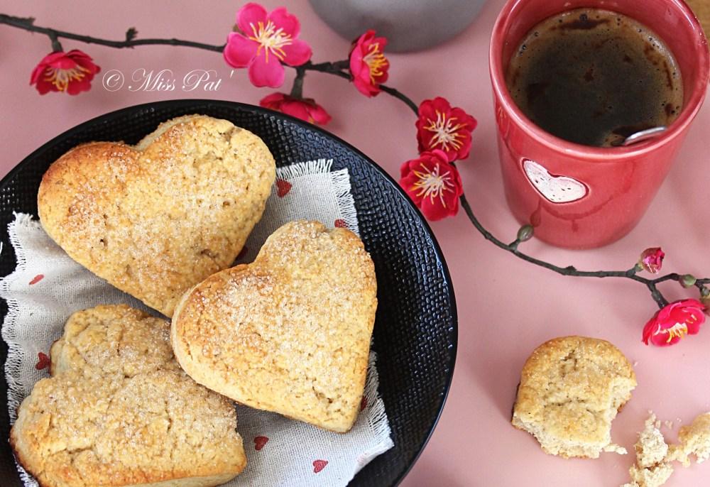 Scones valentin, farine de coco et épeautre misspat1