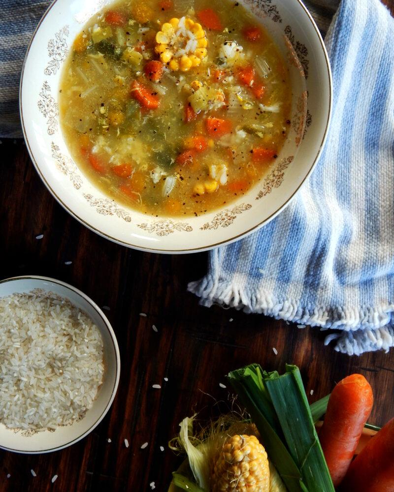 sopa vegetales huevo arroz caldo