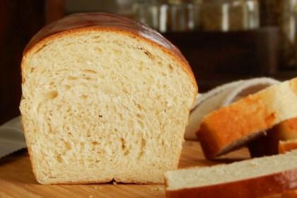 pan lactal de molde blanco