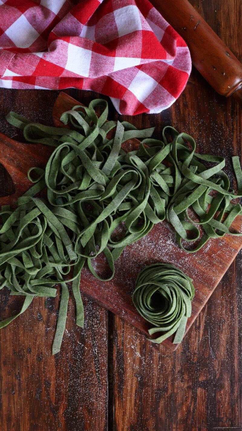 fideos de espinaca fettuccine pasta casera