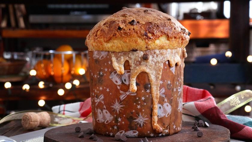 panettone de masa madre pan dulce glaseado