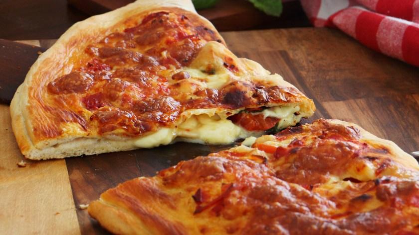 calzone napolitano pizza rellena masa calzon