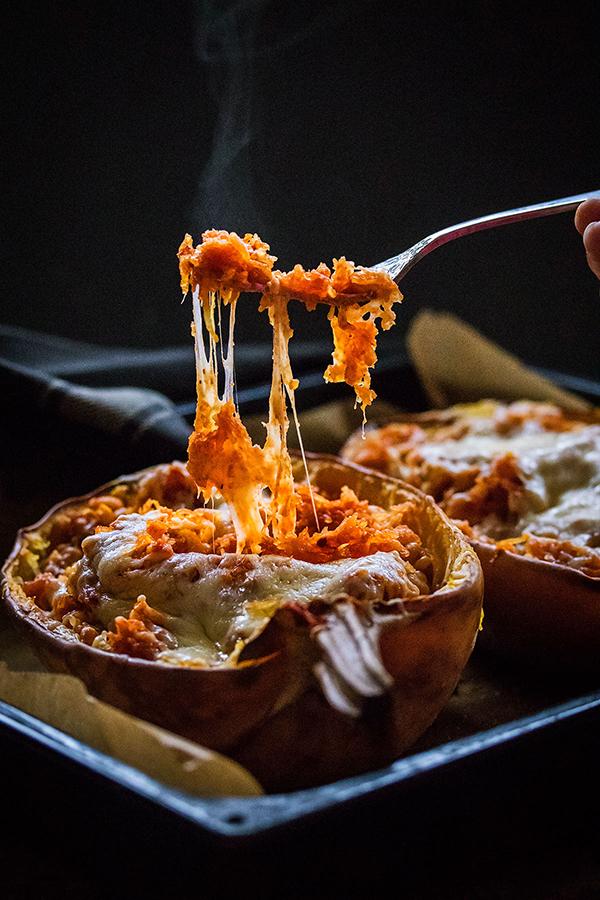 Špageti buča punjena sirom