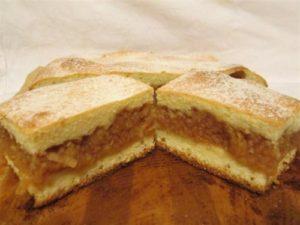 prajitura-turnata-cu-mere
