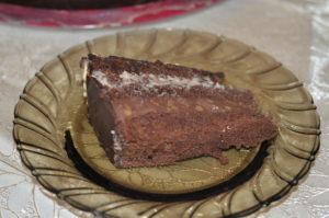 tort-cu-crema-de-cacao-si-vanilie