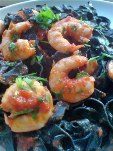 Black taglatelle with prawns