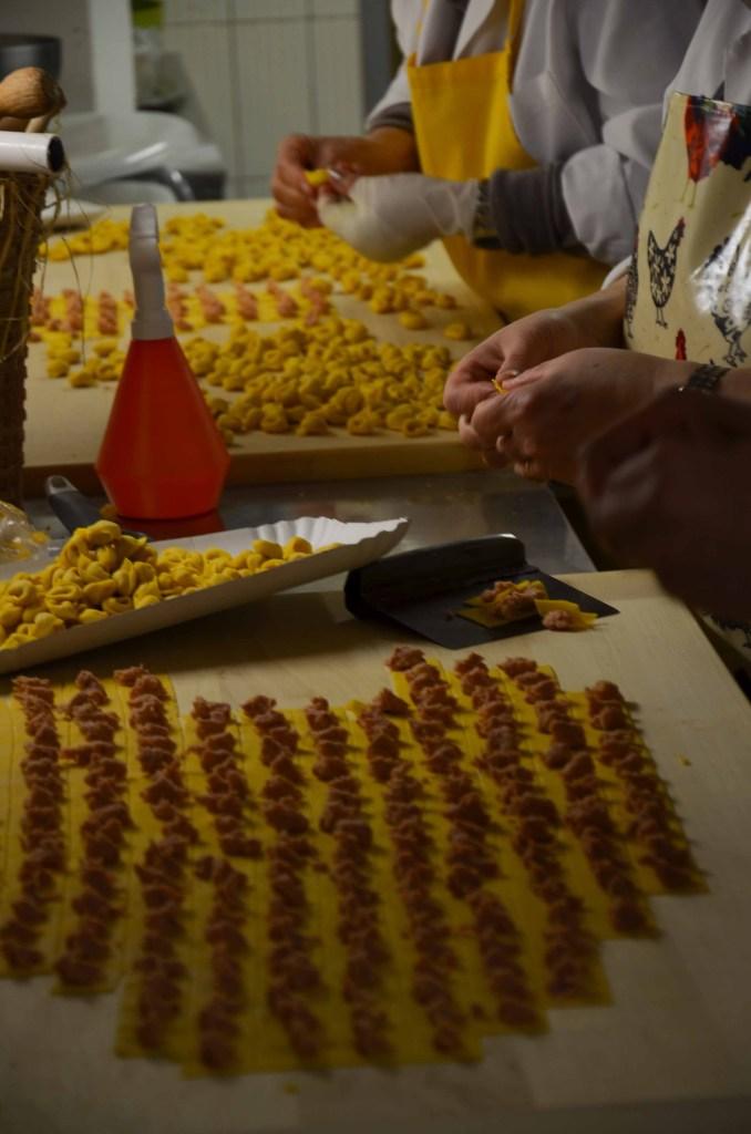 food tour bologna, toretllini handmade