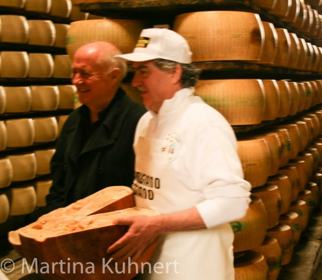 foodie tour bologna, guided visit parma cheese factory, Rick Stein long weekend in Bologna