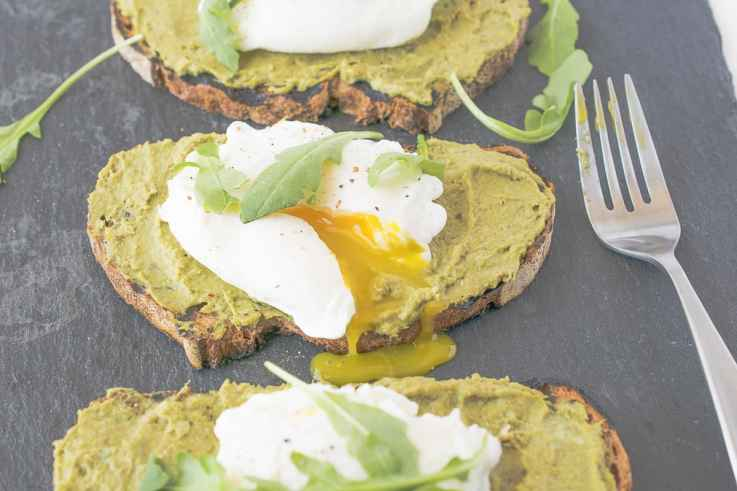 Avocado artichoke toast with poached egg is a twist on the very popular avocado toast. My version is a little more restaurant-style and is perfect for brunch, lunch or breakfast for dinner.