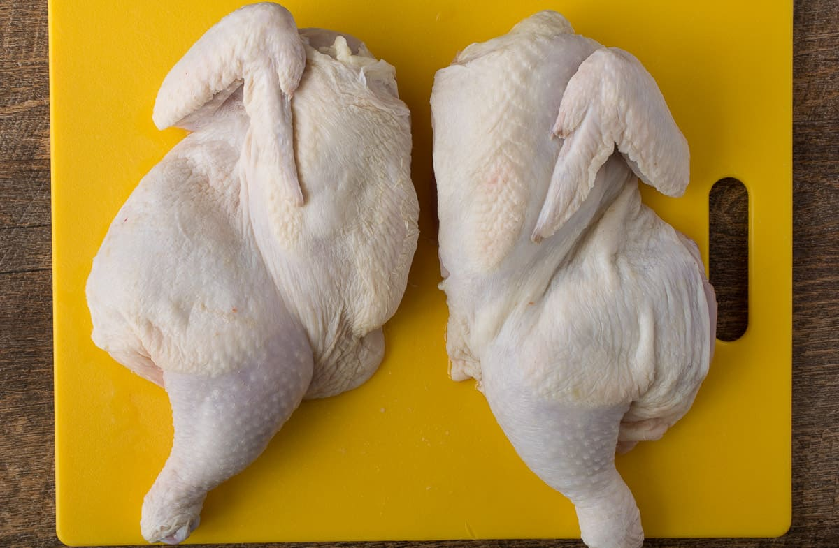 How to butterfly (spatchcock) a whole chicken. An increasingly popular way to prepare chicken that can be grilled or roasting in the oven. When butterflied (or spatchcocked), a chicken cooks up quickly and develops a delicious crispy skin.