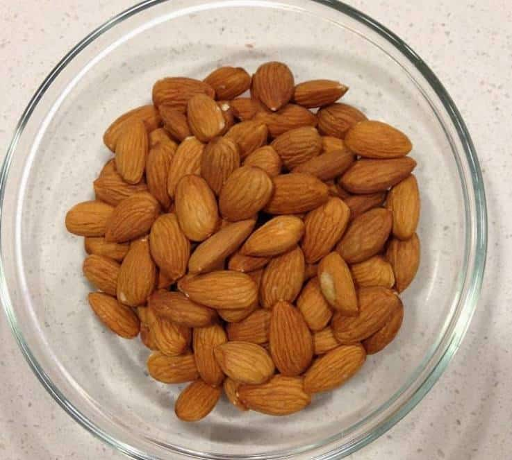 How to peel (blanch) almonds is a step-by-step guide to getting the peel of almonds. You may not need this everyday, but here it is for when you need peel almonds for a recipe.