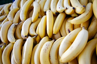 many bananas