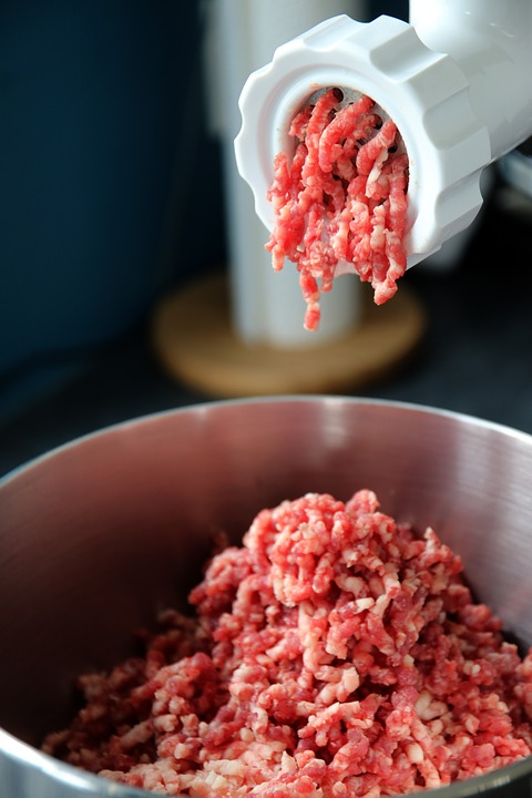grinding beef for burgers