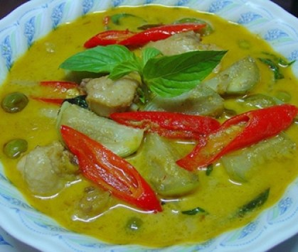 Thai Green Curry (Gang Keaw Warn, Gaeng Keow Wan)