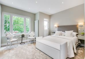 A classic contemporary Fulham Townhouse bedroom designed by Nicola Scannell Design and Home Staged by Cullum Design | London UK