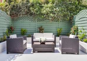 A classic contemporary Fulham Townhouse garden designed by Nicola Scannell Design and Home Staged by Cullum Design | London UK