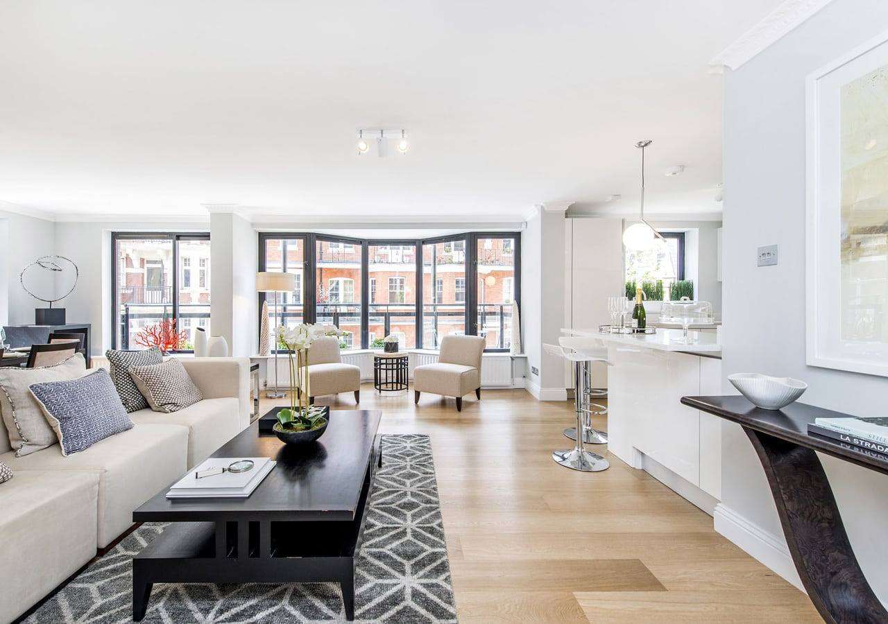 Light and spacious apartment reception room home staged by Cullum Design | London UK
