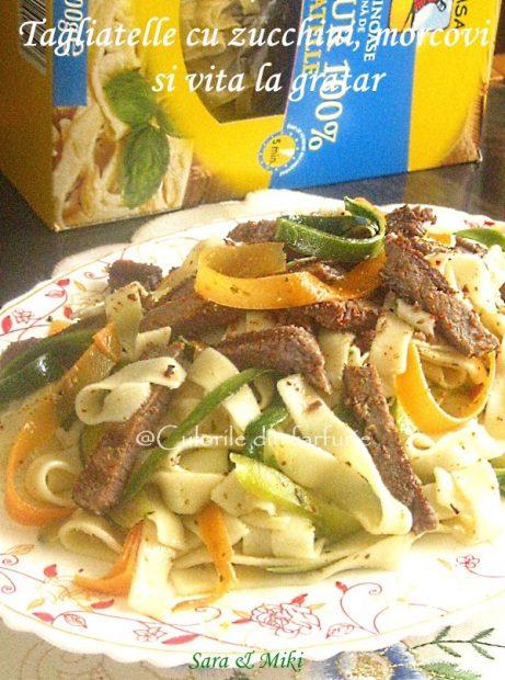 Tagliatelle-cu-zucchini-morcovi-si-vita-la-gratar-1