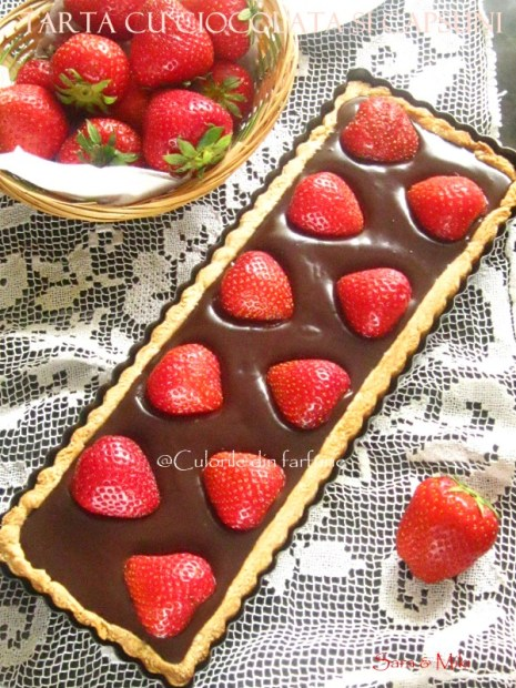 Tarta-cu-ciocolata-si-capsuni-2