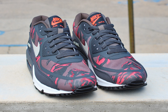 Nike Air Max 90 Premium Tape Red Camo