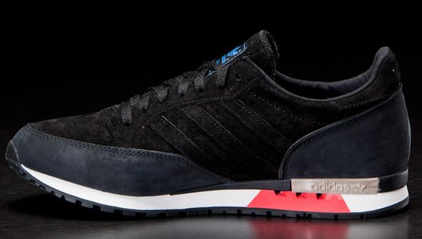 adidas Originals Phantom Black / White
