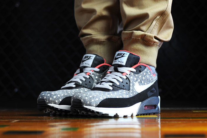 separation shoes 51545 45350 Nike Air Max 90 Leather Premium Polka Dot