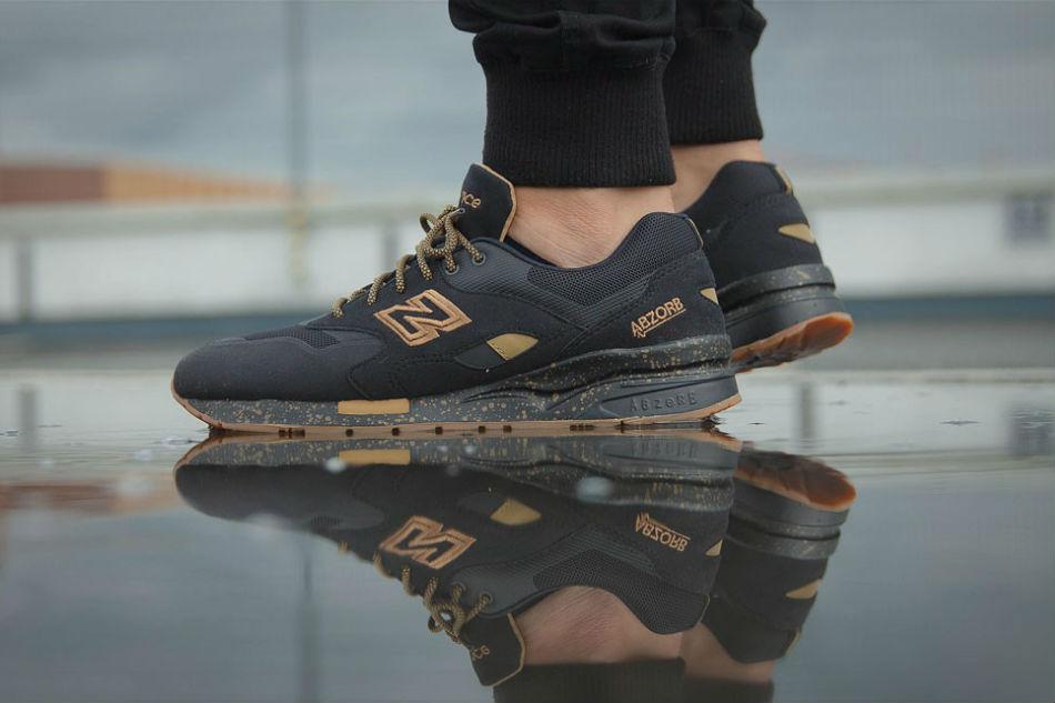 New Balance CM 1600 AG 'Black N Gold'