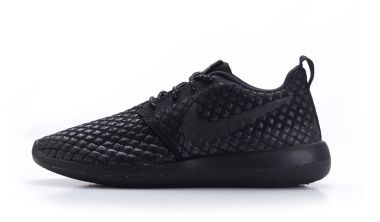 nike roshe two flyknit 365 black