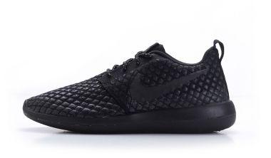 849166d2fdbdcb The Nike Roshe Two Flyknit 365 in Black