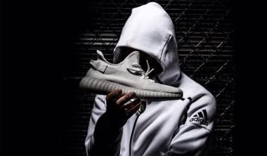 Yeezy Boost 350 V2 triple white