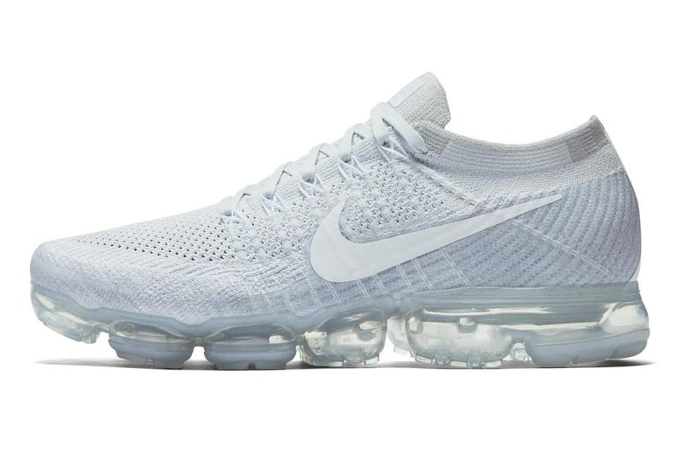 b46a515bc0782 Nike Air VaporMax Flyknit Pure Platinum Wolf Grey White