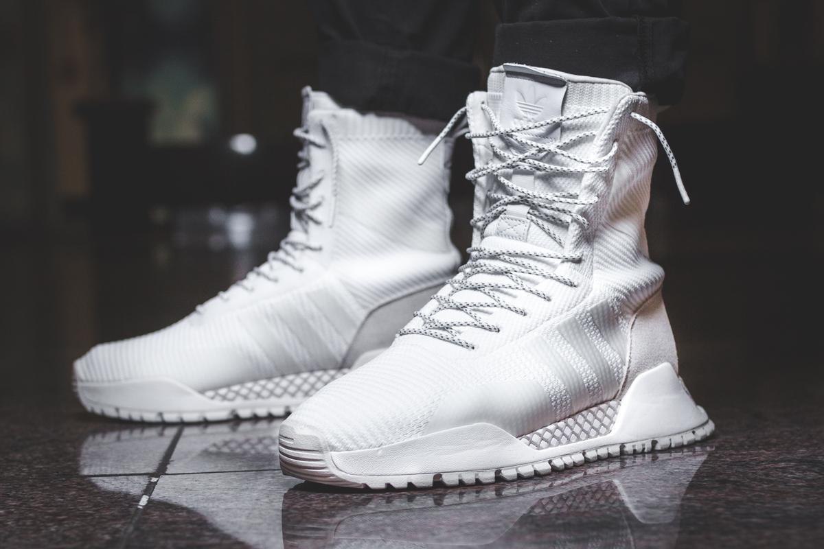 Discover adidas Originals Winter A.F.1