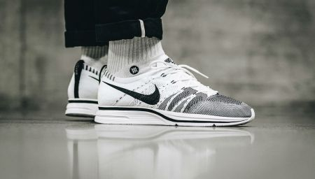 The Best Nike Flyknit Trainer Colorways Available to Buy Right Now