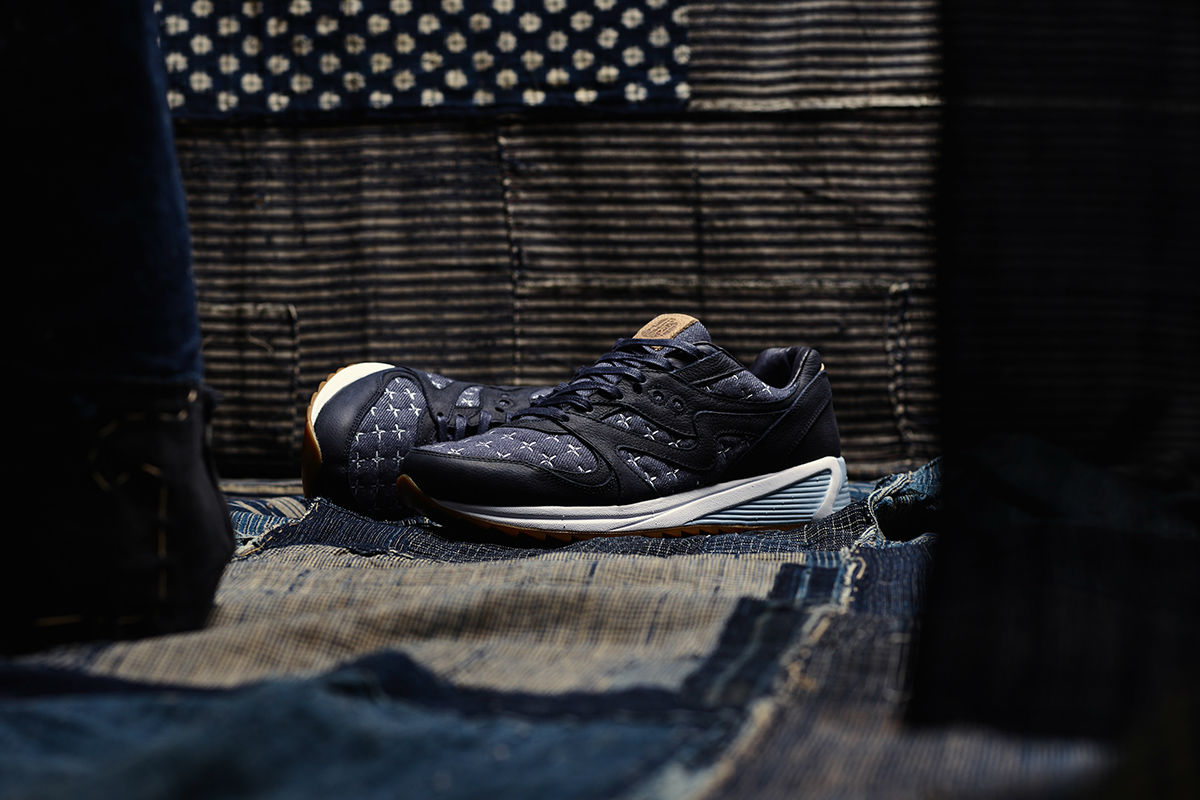 Up There x Saucony Grid 8000 \