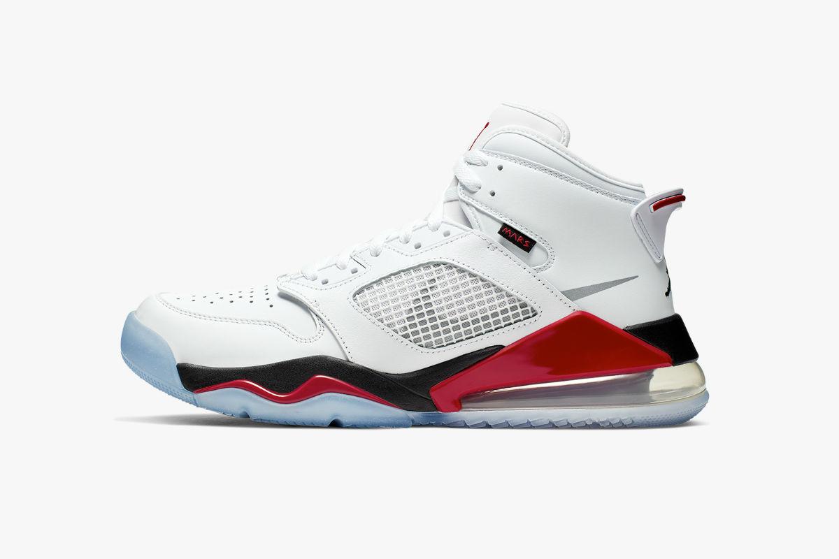 Jordan Mars 270 Fire Red