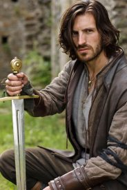 Merlin-Series-3-The-Coming-Of-Arthur-Part-2-Pics-(5)